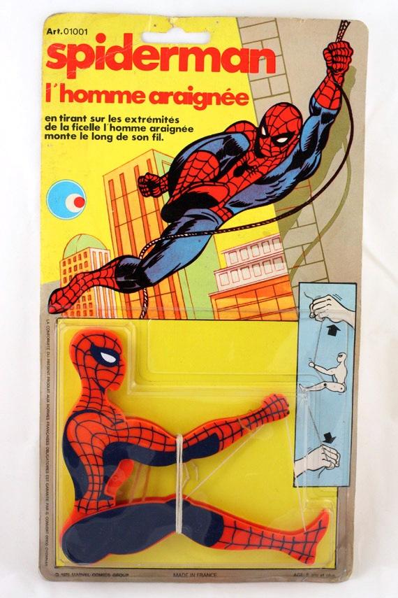 spider-man-grimpant
