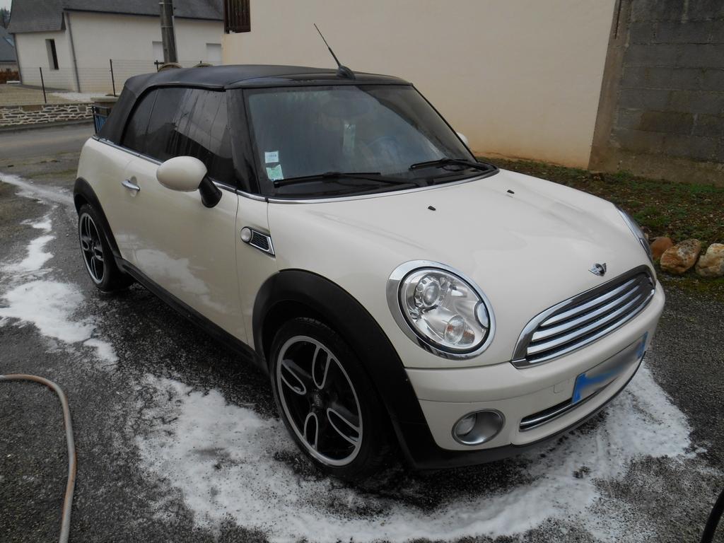 Mini cabriolet 161126122159245779