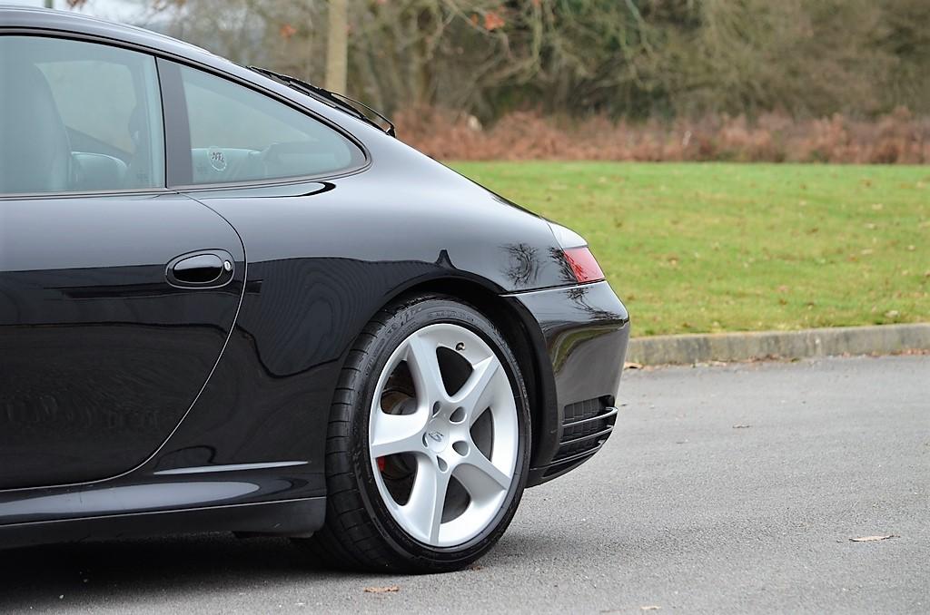 Porsche 911 type 996 4S 161219035002285922
