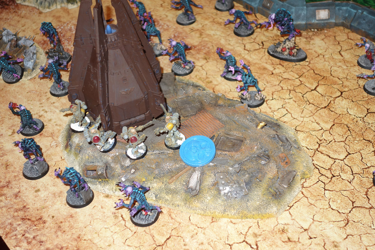 Genestealer Cults Vs. Space Wolves (1000 pts 0 PM) 170121102559596947