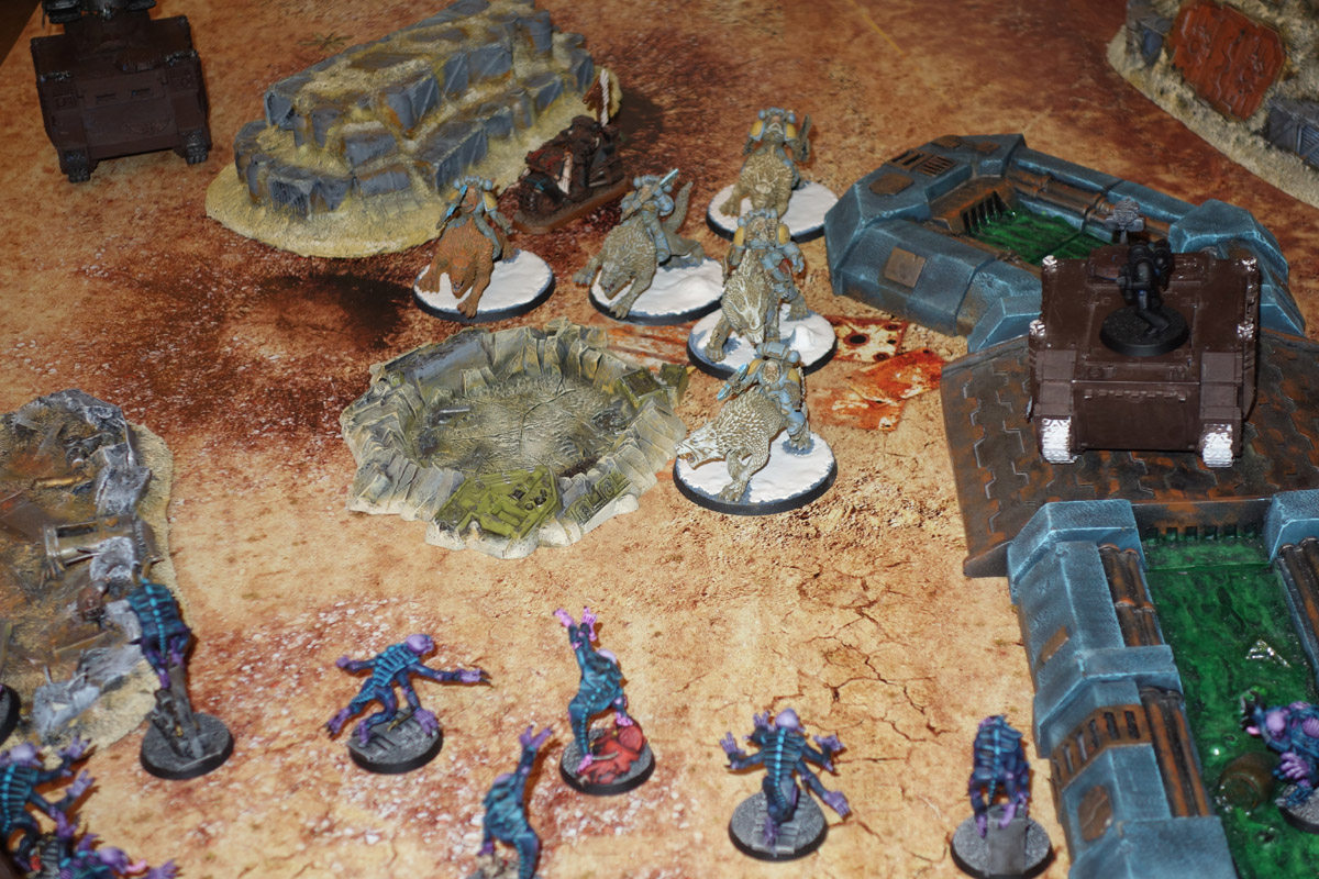 Genestealer Cults Vs. Space Wolves (1000 pts 0 PM) 170121102559710275