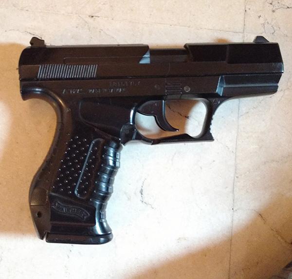 AK roumain / tactical + Fusil a pompe spas12 + 4 Revolvers + Sniper m24 snow wolf + AK bizon + glock + merdouilles 170303103423481506