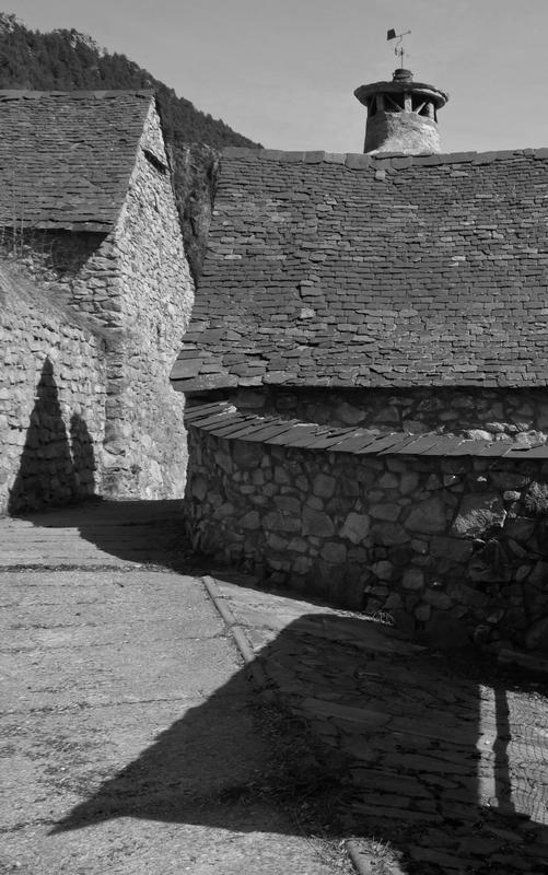Village aragonais (en Sobrarbe) 170309082917658083