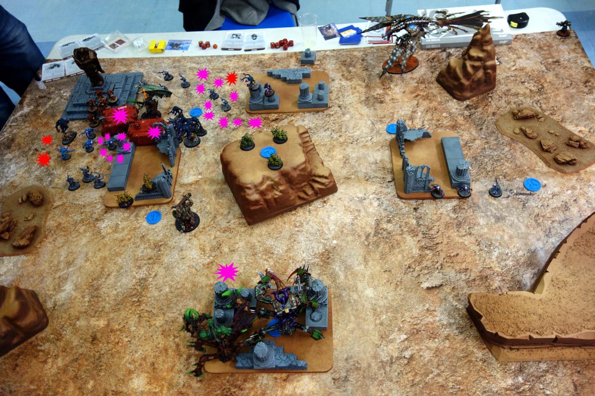 Pair of Aces - Partie 3/4 - Démons/Genestealers vs. Word Bearers/Iron Warriors 17040312232463150