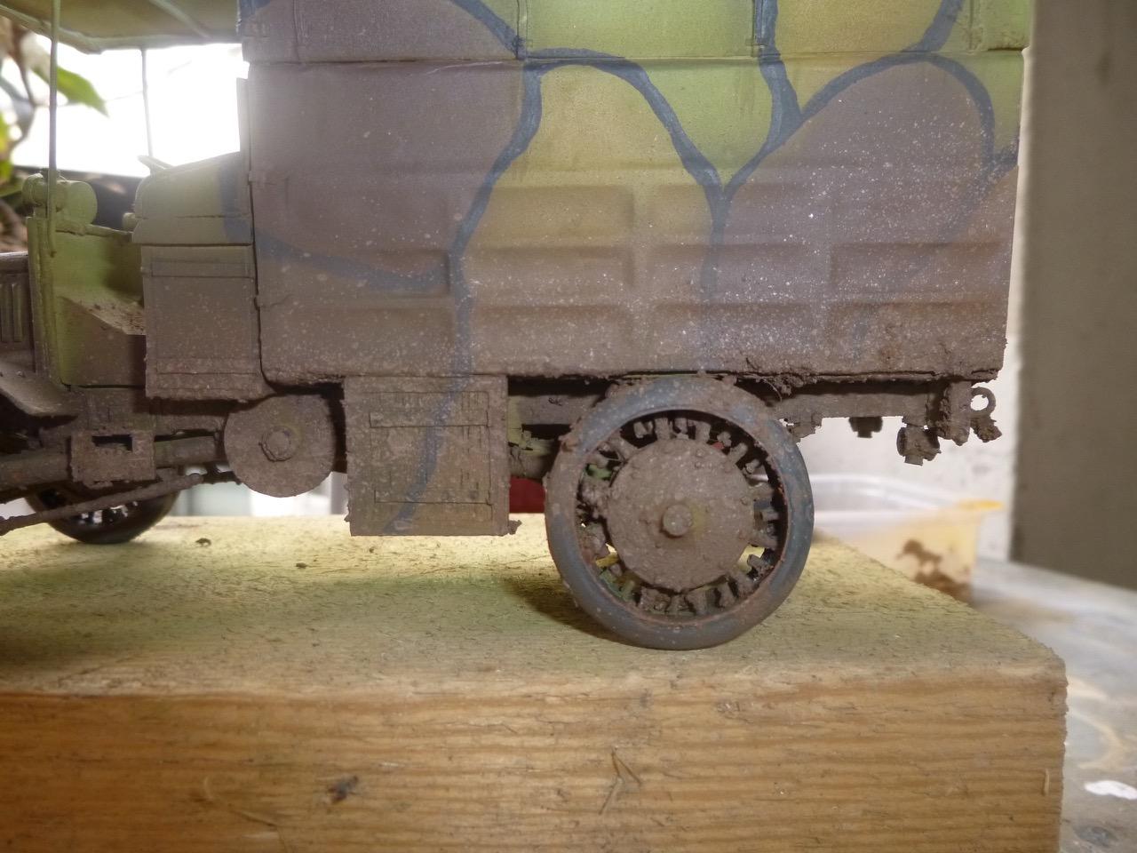 Camion Chatillon Panhard 1917 - résine de chez Blitz au 1/35 - Page 2 17041011250412405