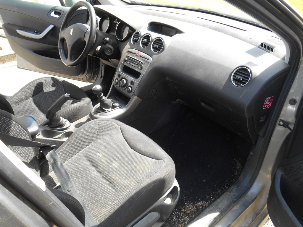 Peugeot 308 sw 17042408412069845
