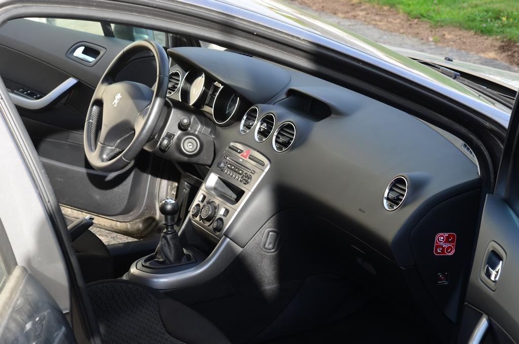 Peugeot 308 sw 17042408430388135