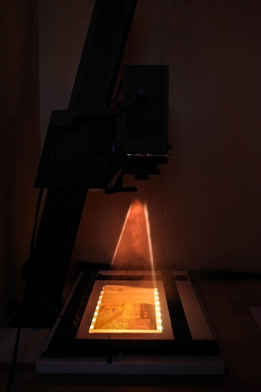 Savlot D/étecteur de m/étaux de sonde de pointage imperm/éable avec la Vibration de Sonnerie doutil de Chasse au tr/ésor de 3 LED avec Le Son et l/étui de Ceinture