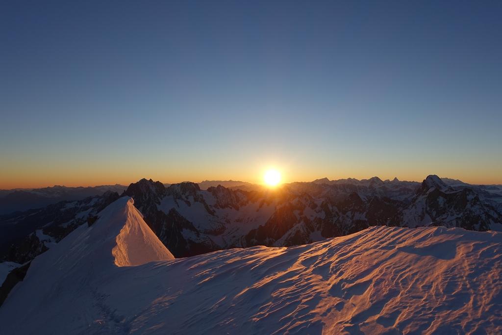 Mont-Blanc par les 3 Monts 170527082458206926
