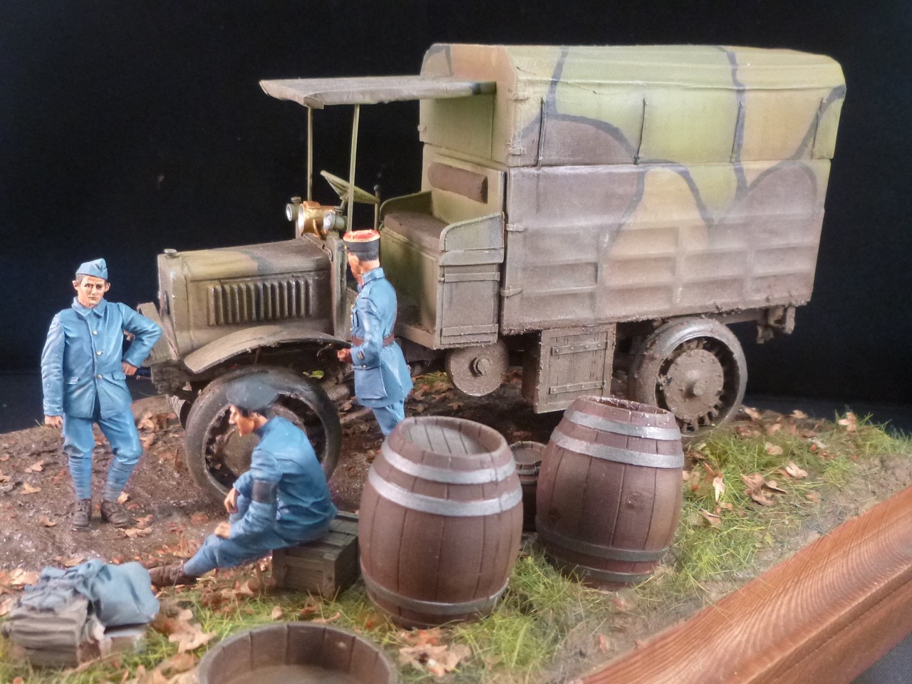 Camion Chatillon Panhard 1917 - résine de chez Blitz au 1/35 - Page 4 17053111323315092