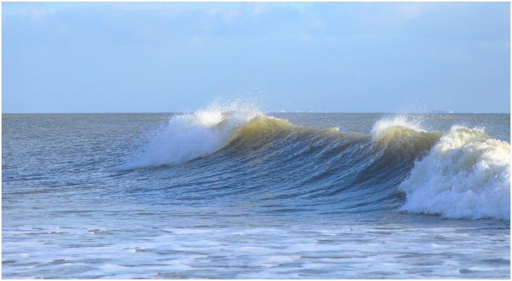 Deux belles vagues  170601041136160865