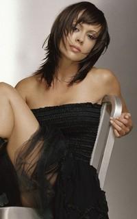 Alyssa Milano avatars 200x320 pixels - Page 2 170602063201944845