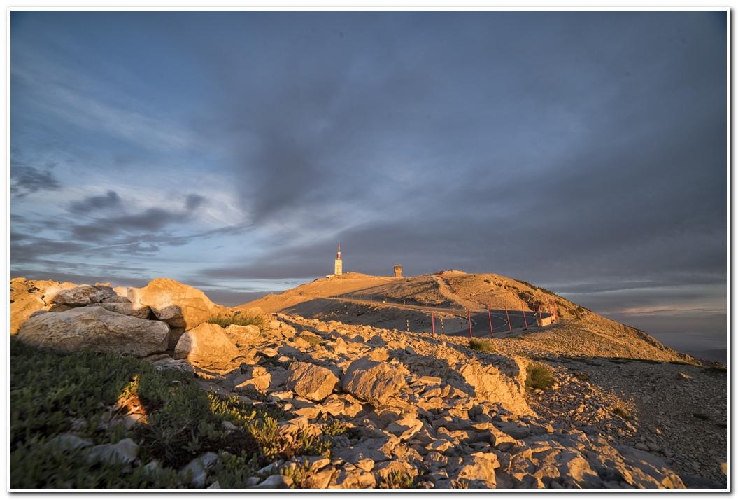 photo de levée de soleil sur le Mont Ventoux 170610065425647147