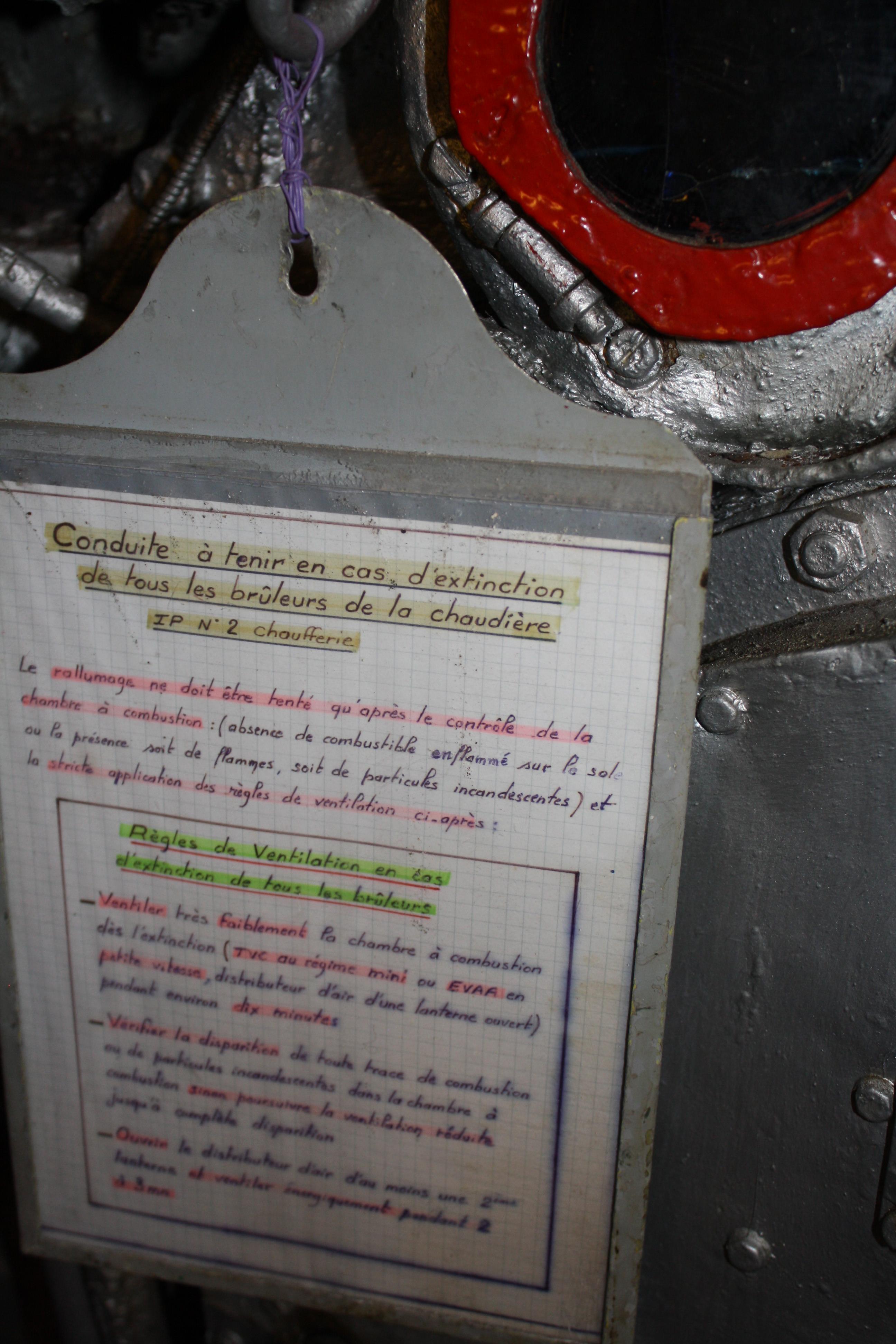 Le MAILLE-BREZE (ex escorteur d'escadre devenu Musée) - Page 2 170712063852732739
