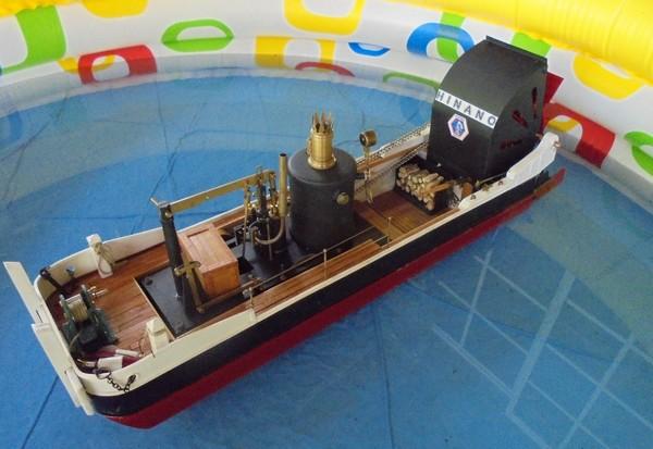 Le Pousseur de la FAAROA : bateau à roues à aubes arrière 170726041257594055